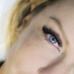 wispy eyelash extensions auckland